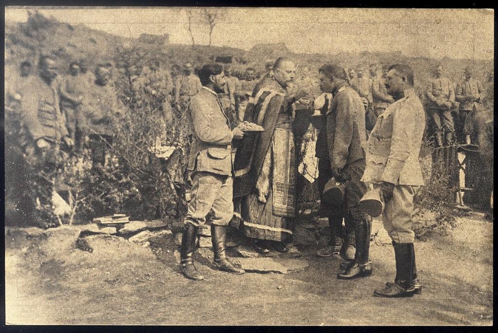 24. pricescivanje srpskih vojnika i oficira pred polazak u borbu na maked. front