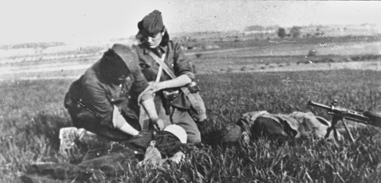 Previjanje_ranjenika_na_Sremskom_frontu